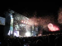 Coldplay at Osheaga festival AND fireworks festival at Parc Jean Drupeau at the same time...